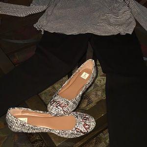 Ellen Degeneres Flat Shoe